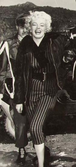 Мэрилин в Корее и Японии (1954 г..