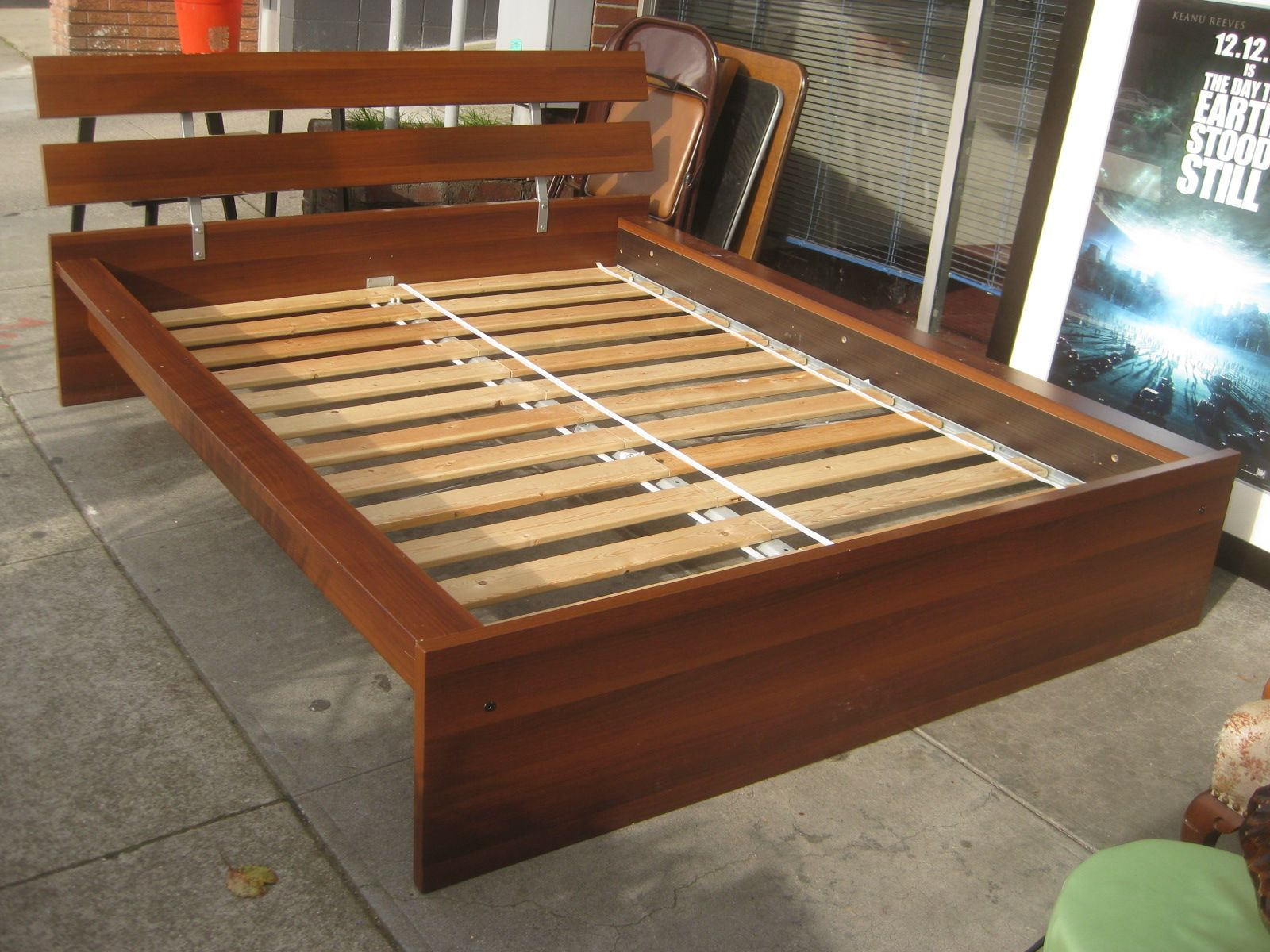 Low Bed Frames Ikea Yeinwhd