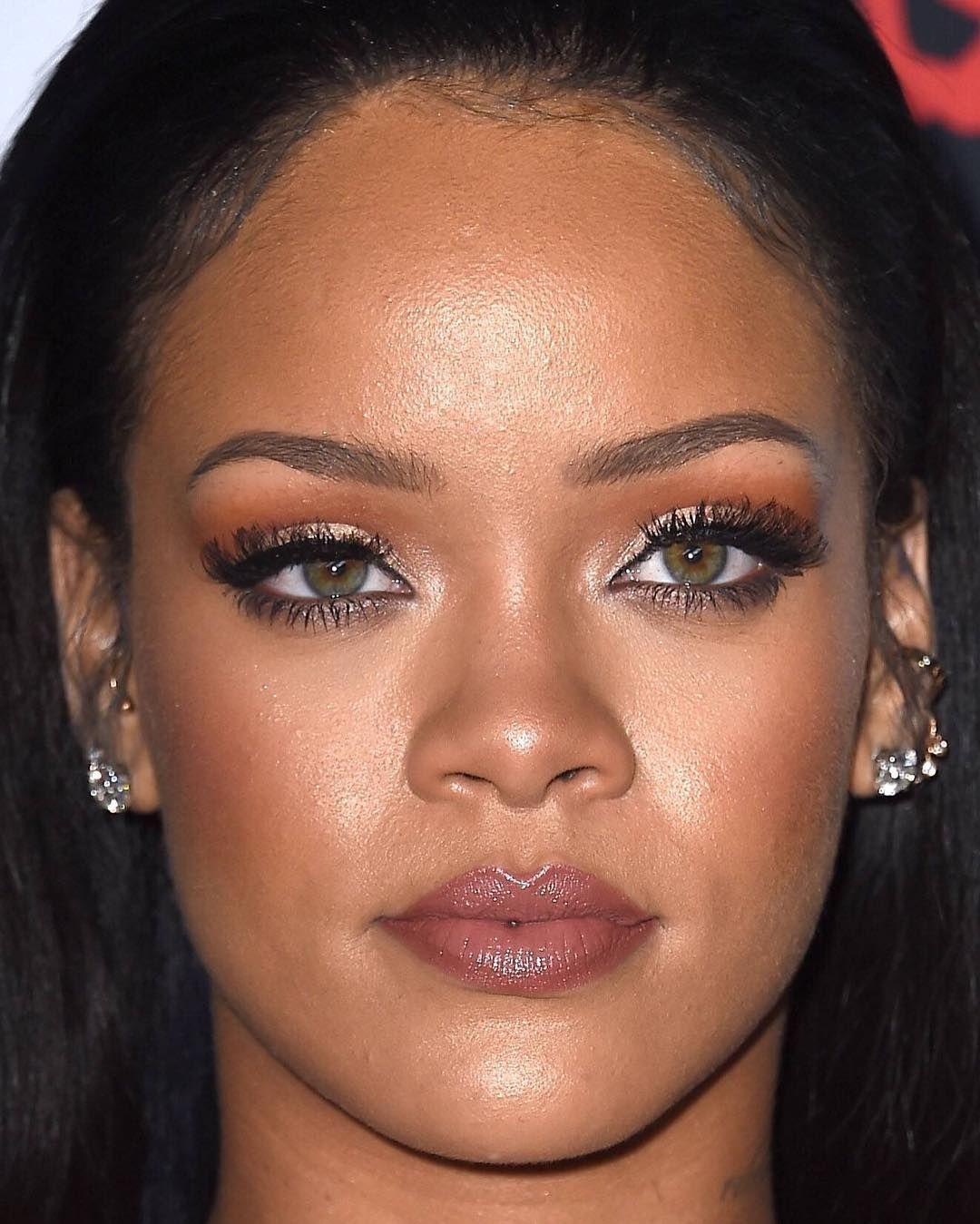 Instagram Rihanna makeup, Rihanna, Celebrity makeup