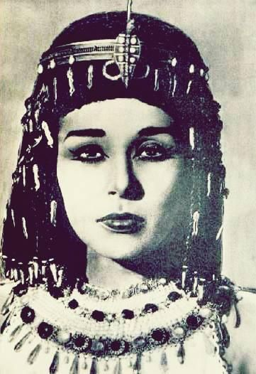 Lubna Abdel Aziz Egyptian Beauty Egyptian Actress Old Egypt