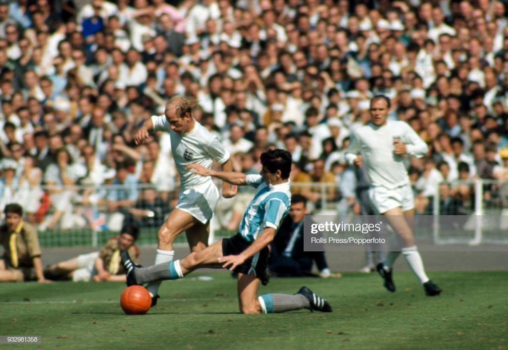 News Photo England's Bobby Charlton in action during the