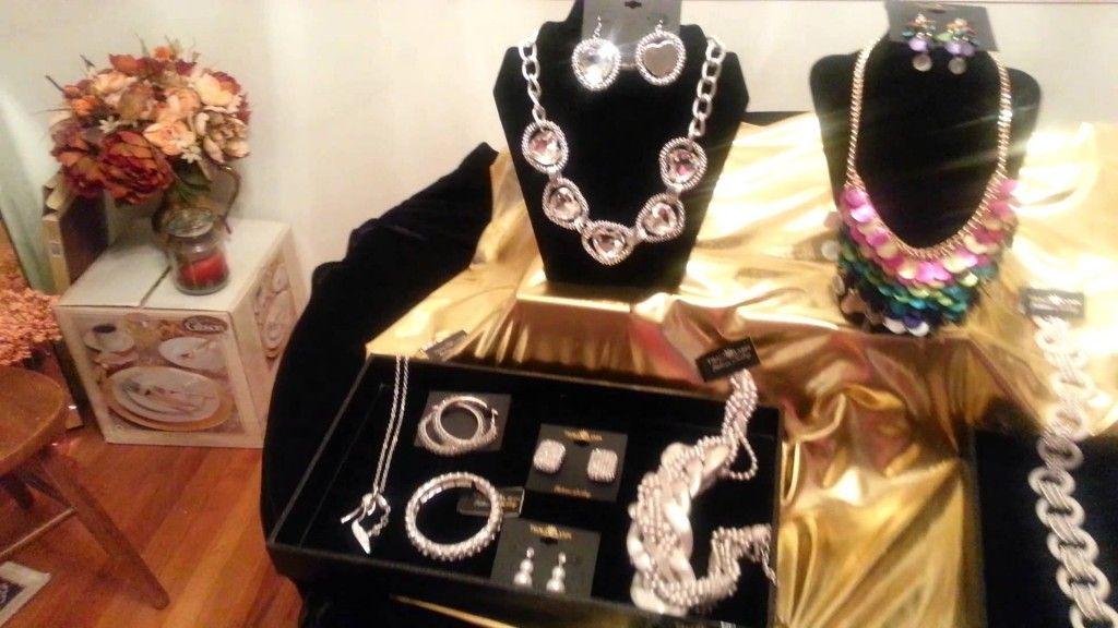 Traci Lynn Fashion Jewelry - Marvelous Bling Collection.mp4 - fashion jewelry - http://jewelry.airgin.org/pins/traci-lynn-fashion-jewelry-marvelous-bling-collection-mp4-fashion-jewelry/