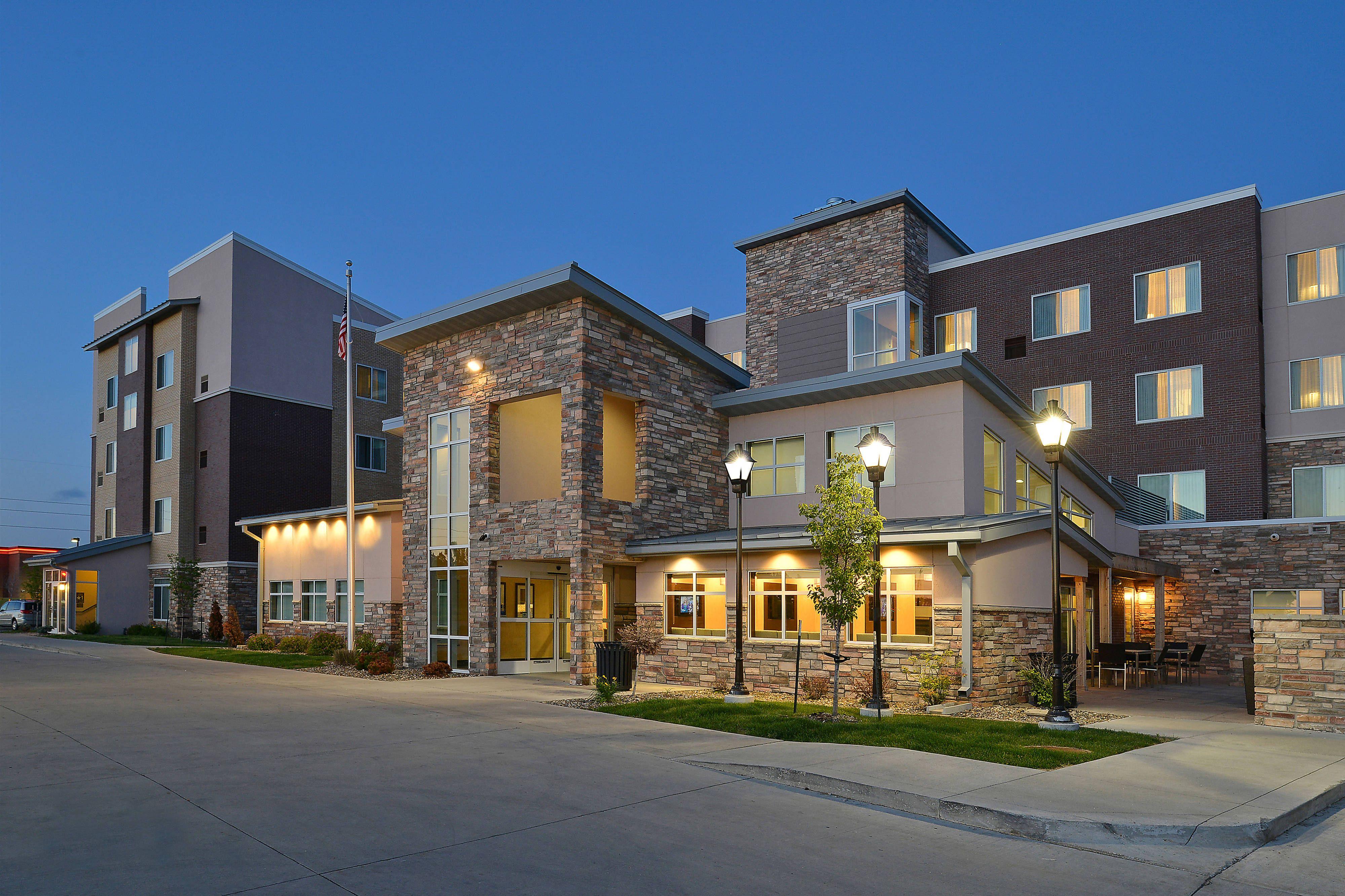 Residence Inn Coralville Entrance Travel Traveling Rooms Marriot Hotel Residences Hotel