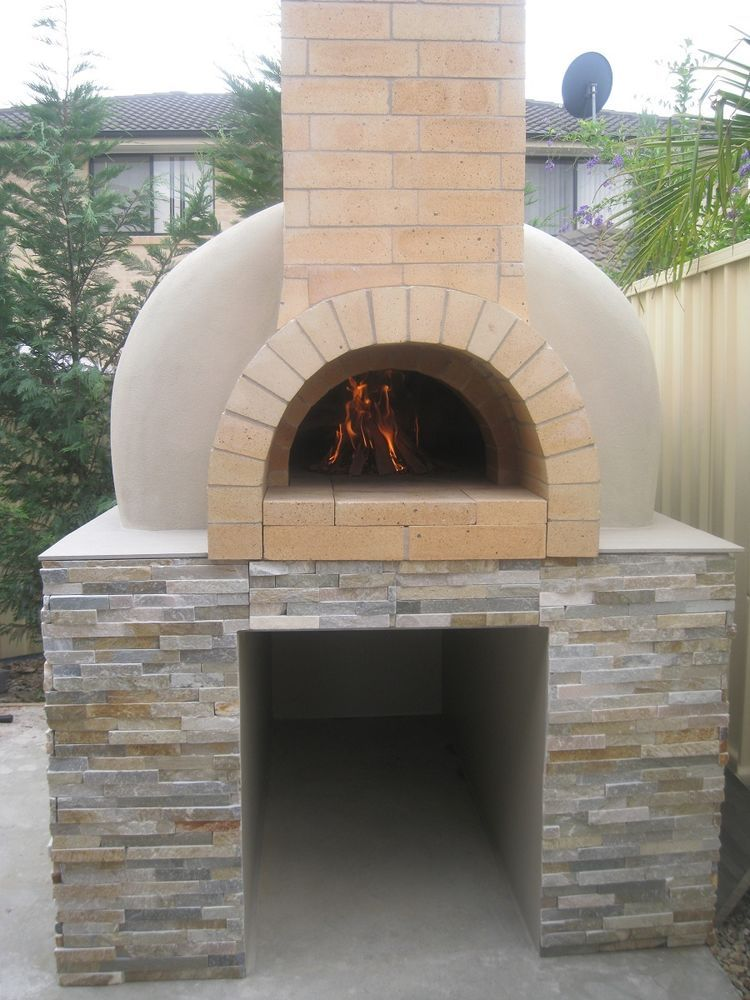 wood fired pizza oven construction Fours Pinterest Tables de