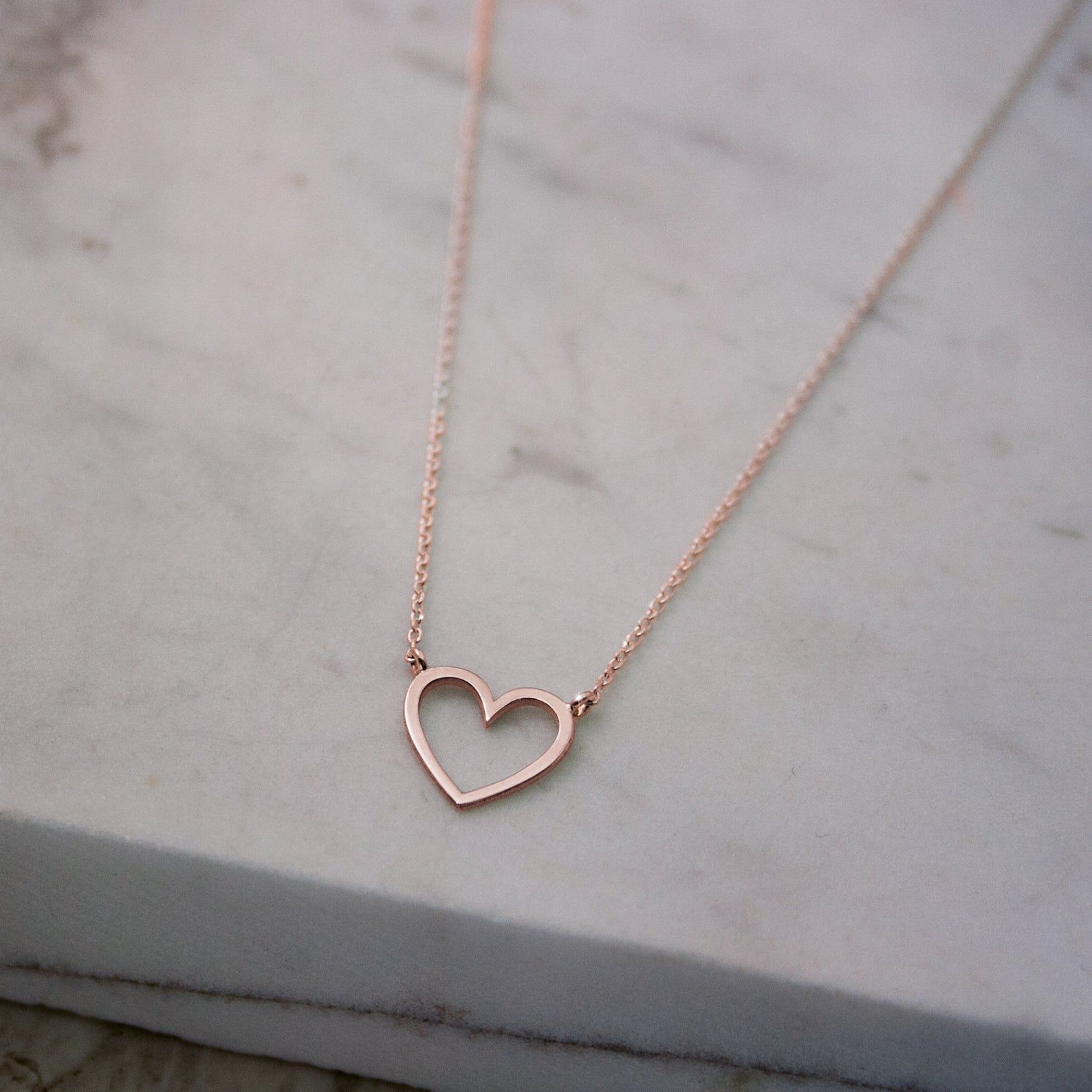 Solid Gold Heart Necklace Rose Gold Heart 9k 14k 18k Gold Etsy Gold Heart Necklace Initial Necklace Gold Rose Gold Heart
