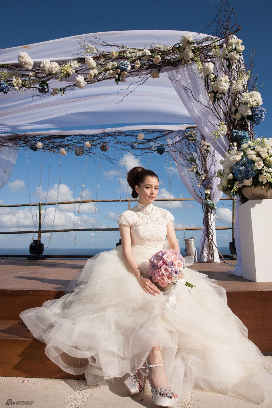 Taiwan actress Vivian Hsu holds her wedding ceremony with Sean Lee ...