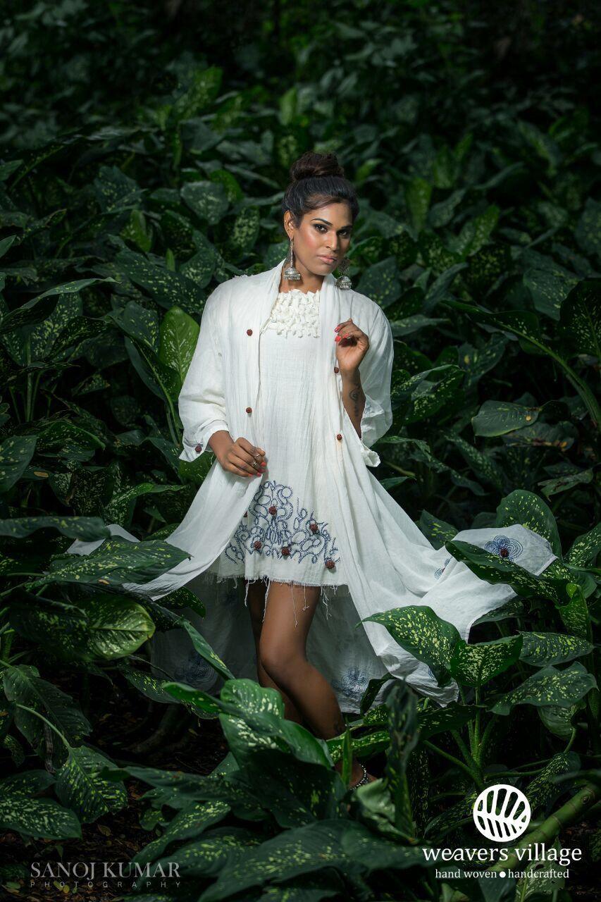 Weavers village Bodha wellness clothing handloom organic cotton