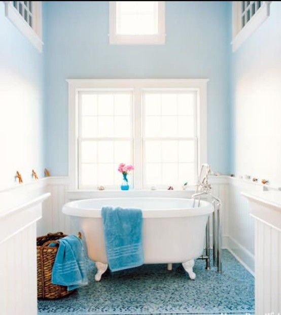 taking a bath and stare at the cloud blue wall Decorate your space