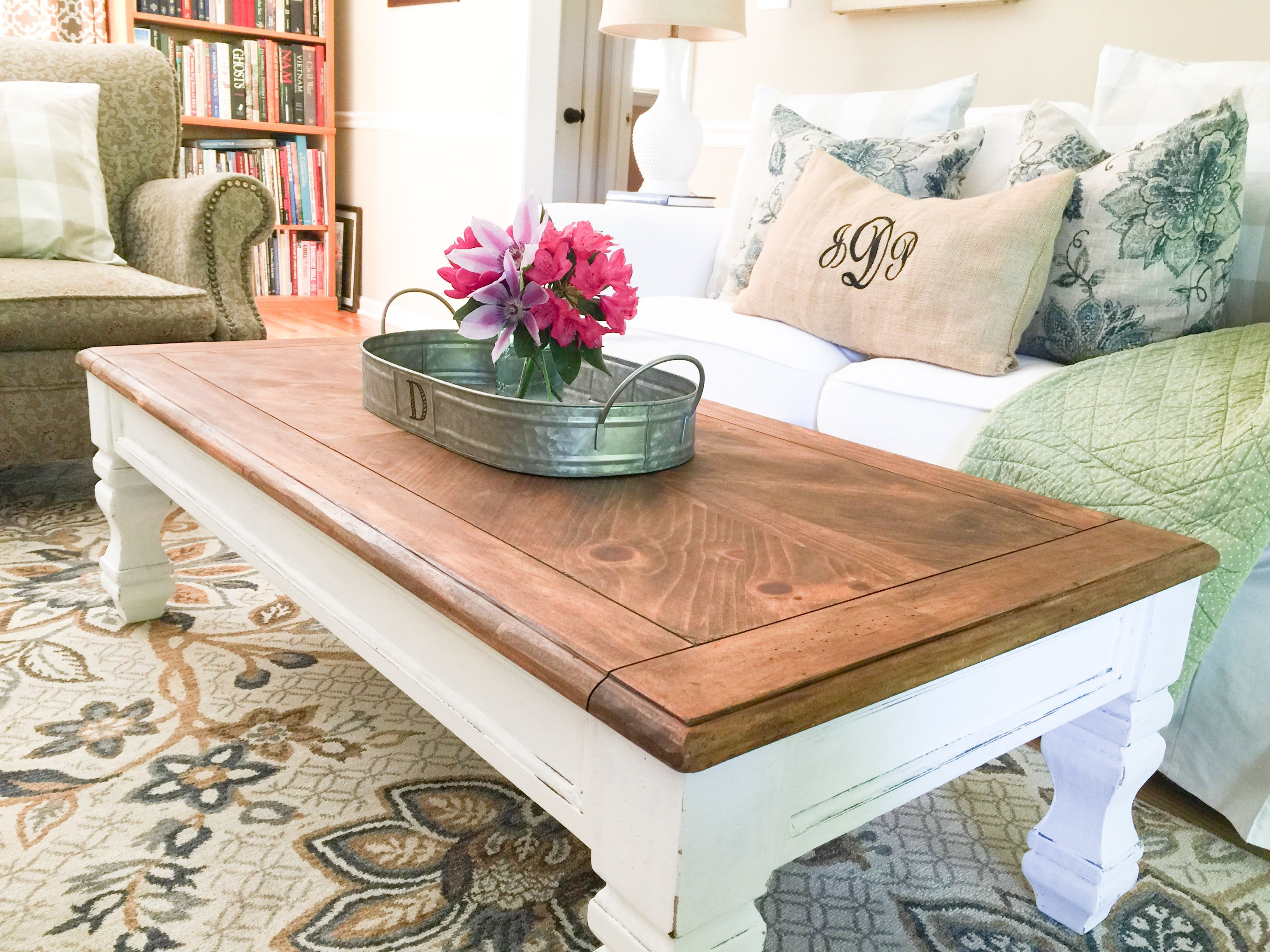 2017 05 wood coffee table diy - Diy Farmhouse Coffee Table Http Www Southerncurated Com 2017