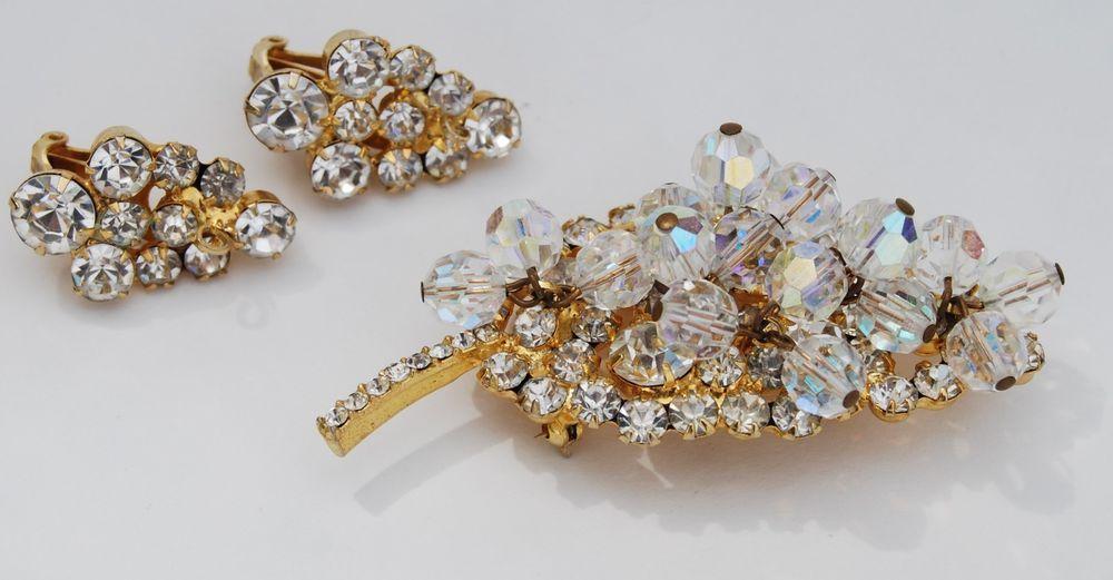 Vintage D&E Juliana Rhinestone Brooch & Earrings Dangles Crystal Clear