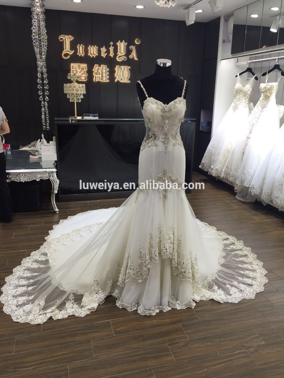 Low cut wedding dresses   New Arrive Real Picture Low Cut Open Back Sweetheart Neck