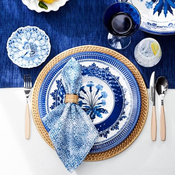 Aerin Round Hapao Placemat In 2020 Blue Table Settings Table Settings Beautiful Table Settings