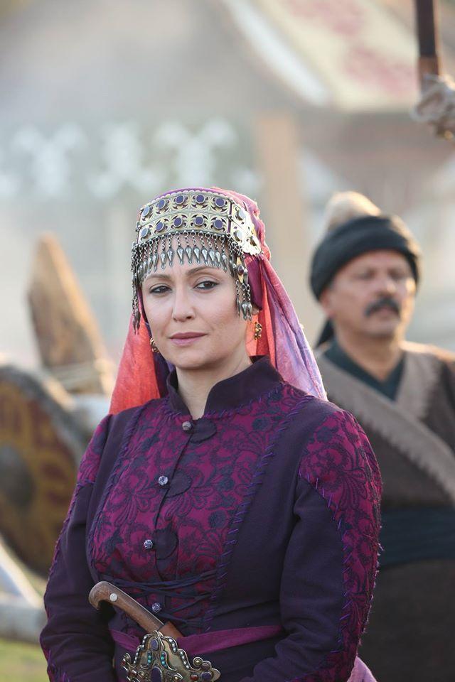 DİRİLİŞ ERTUĞRUL   Ertuğrul in 2019   Turkish actors, Ottoman empire