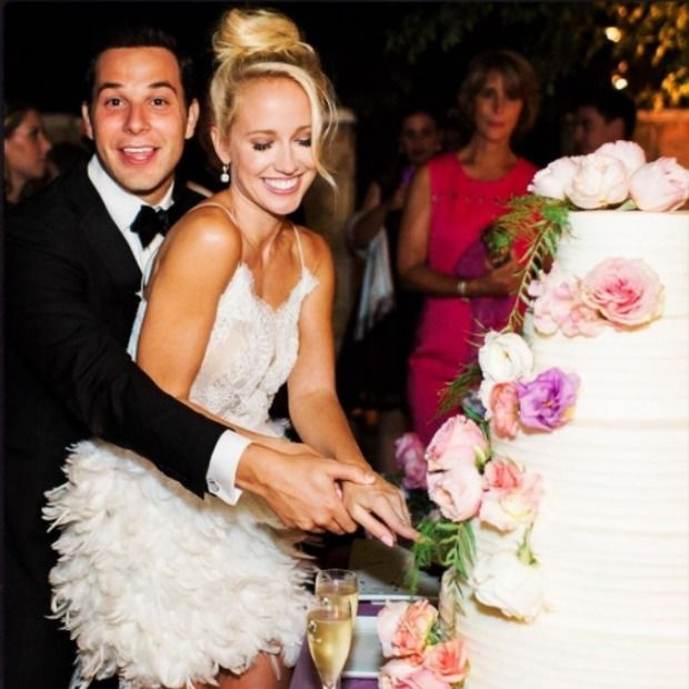 Anna Camp On Her Favorite Moment From Her Wedding To Skylar Astin And Their Best Wedding Advice Famous Wedding Dresses Anna Camp Wedding Anna Camp