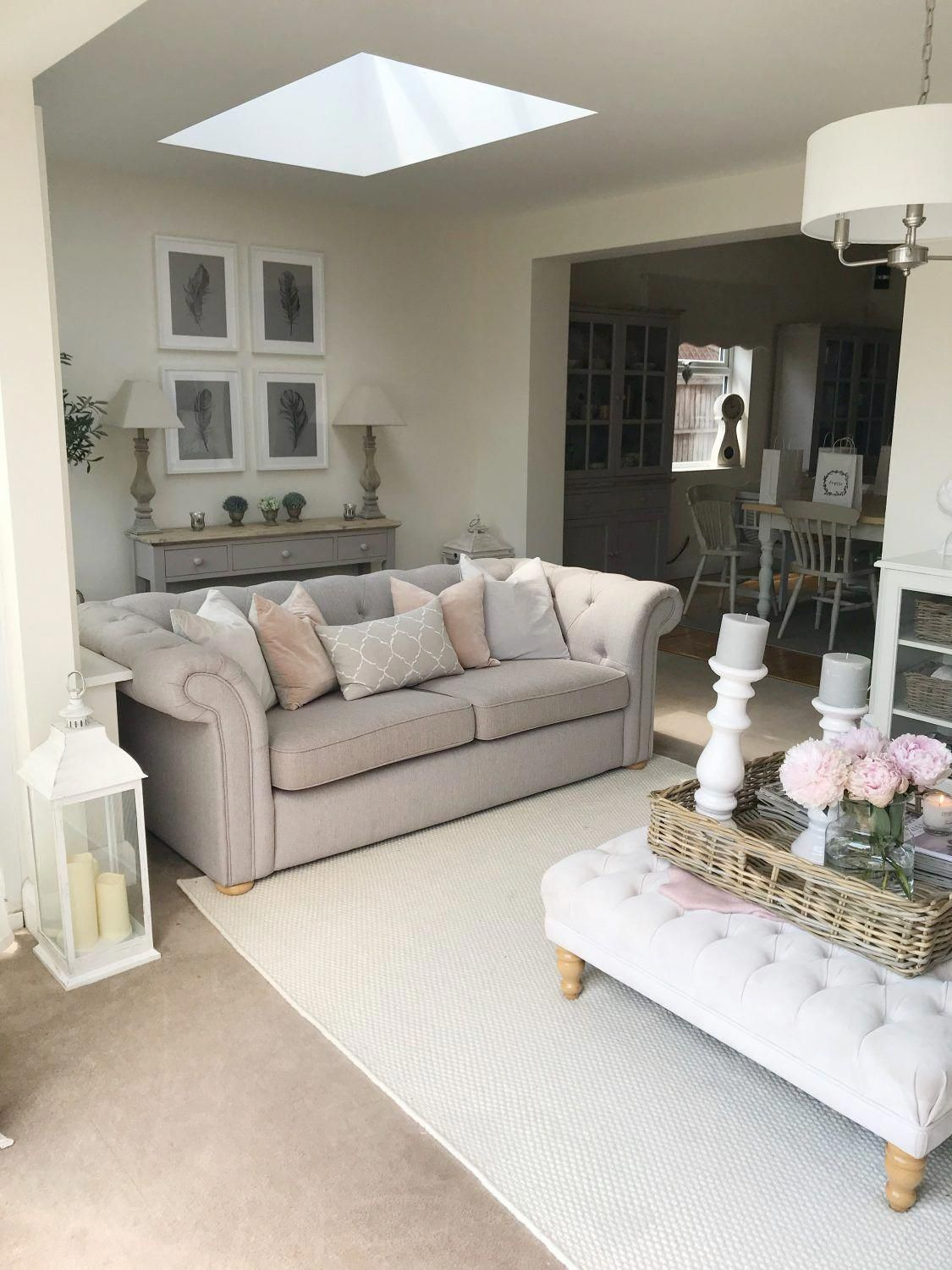 I Need This Marvellous Thing Countrycottagebedding Country Living Room Cottage Living Rooms Country Cottage Living Room