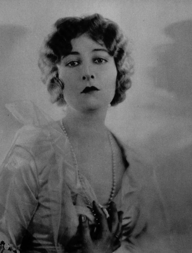 Mildred Harris nudes (56 photo), Topless, Bikini, Selfie, cleavage 2006