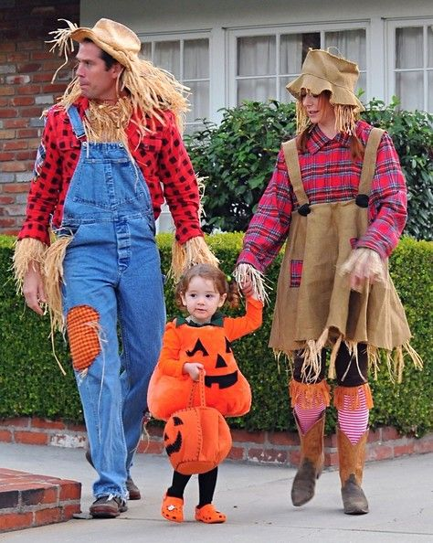 Alexis Denisof In Alyson Hannigan And Family In Costume Holidays