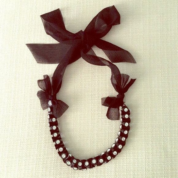 Jcrew chunky crystal necklace Adjustable ribbon tie necklace, excellent condition J. Crew Jewelry Necklaces