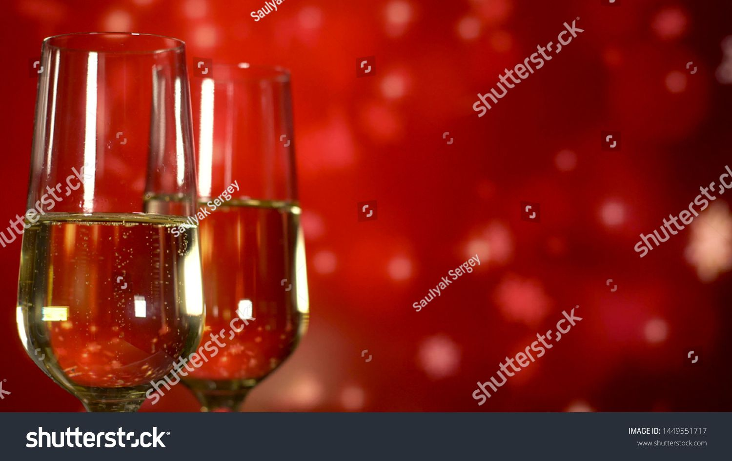 Two Glasses With Sparkling Champagne Over Red Holiday Background Close Up Ad Ad Champagne Sparkling Glasse In 2020 Holiday Background Champagne Alcoholic Drinks