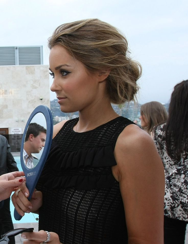 Hairstyles for semi-formal party dress