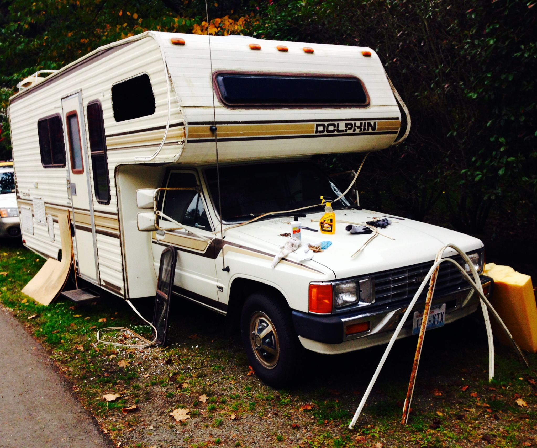 before you buy an rv with the intent to live in it read this rh pinterest com