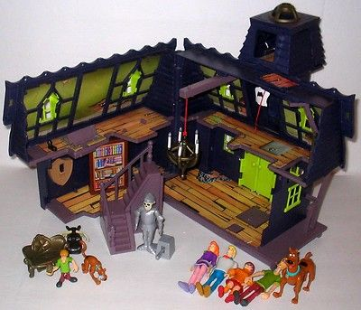 ec17c0c540 SCOOBY DOO Haunted House Mansion Playset   Action Figures on eBay ...