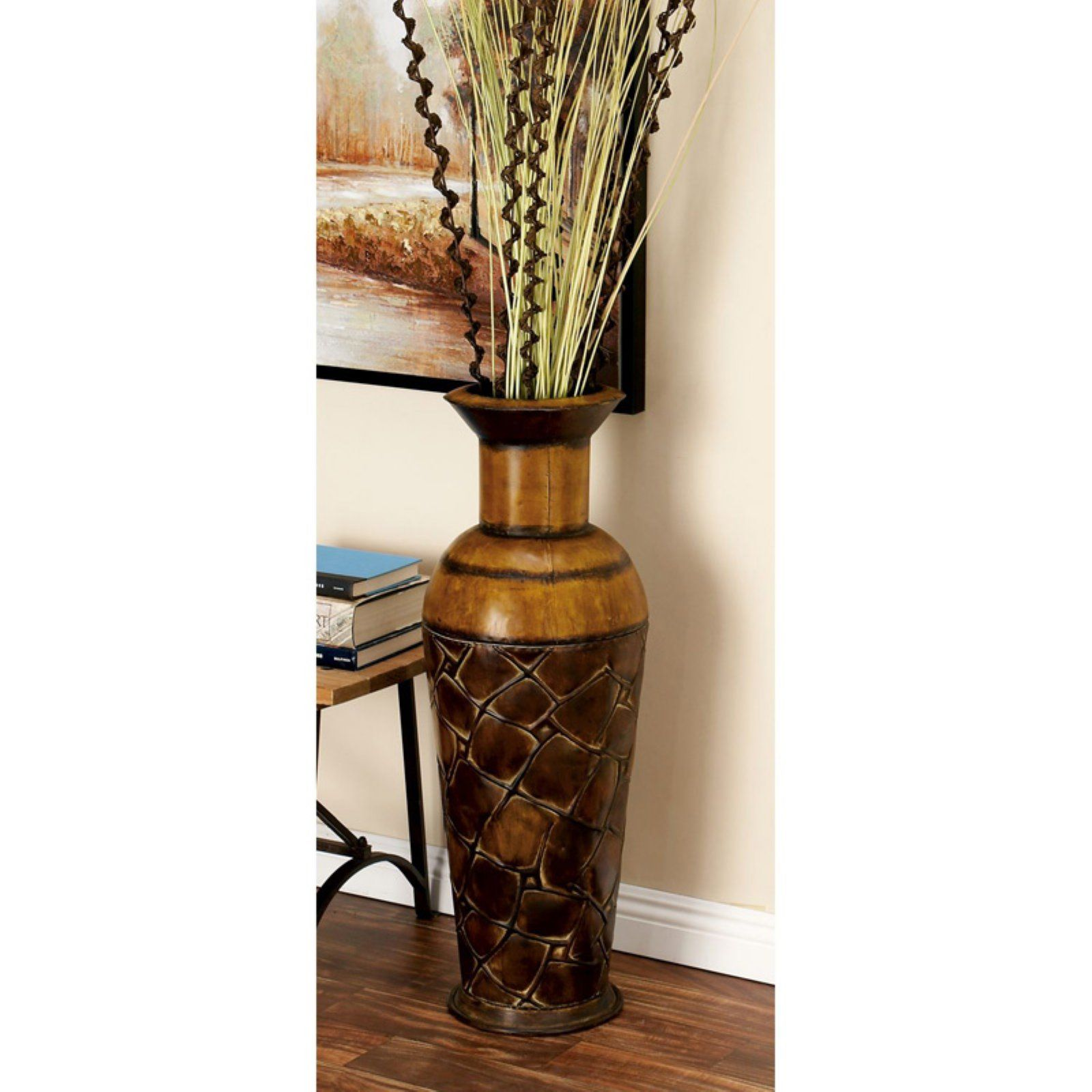 Decmode Textured Crocodile Metal Vase Set Of 3 Floor Vase