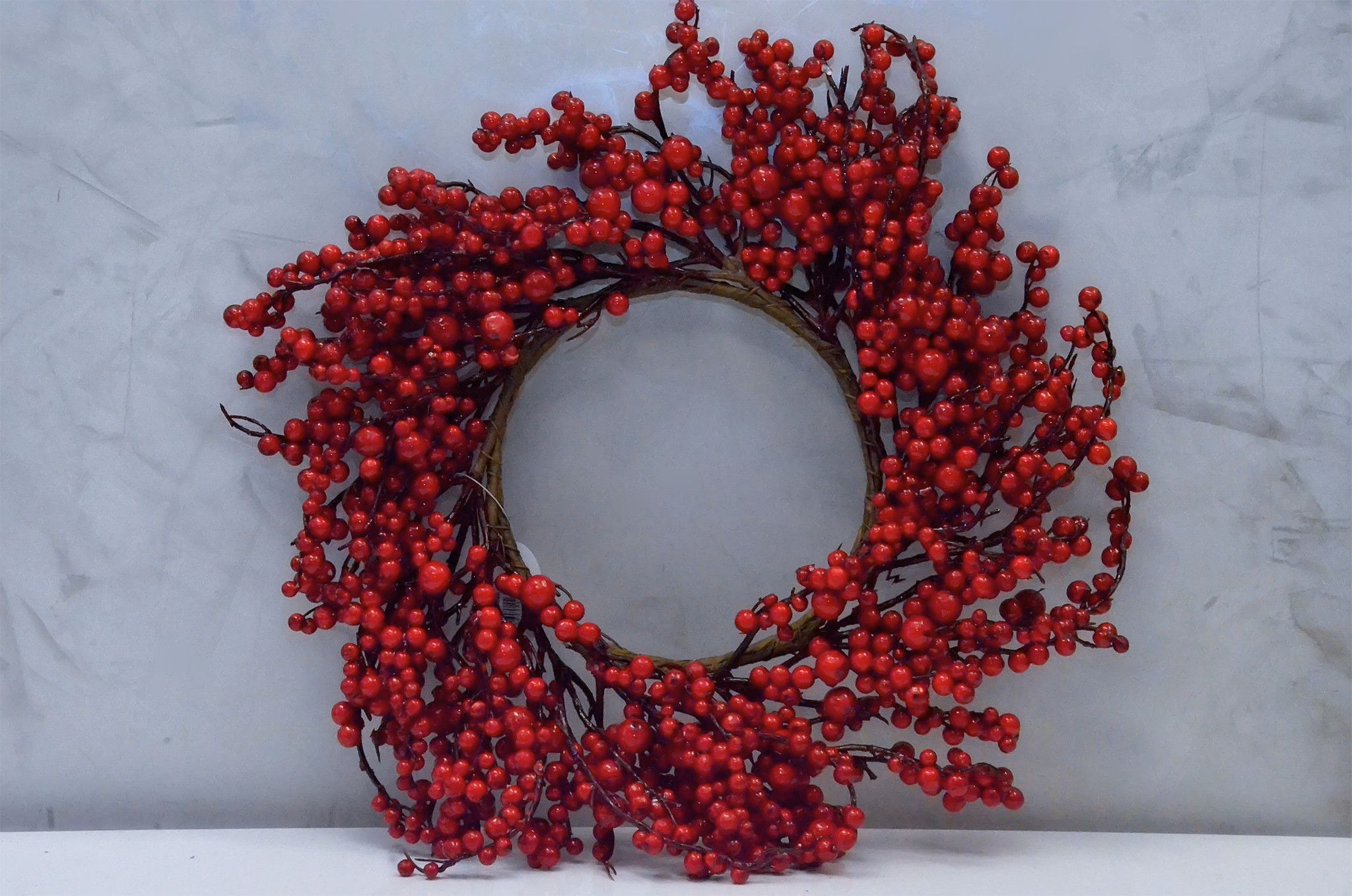 """20"""" Classic Berry Wreath - Red"""