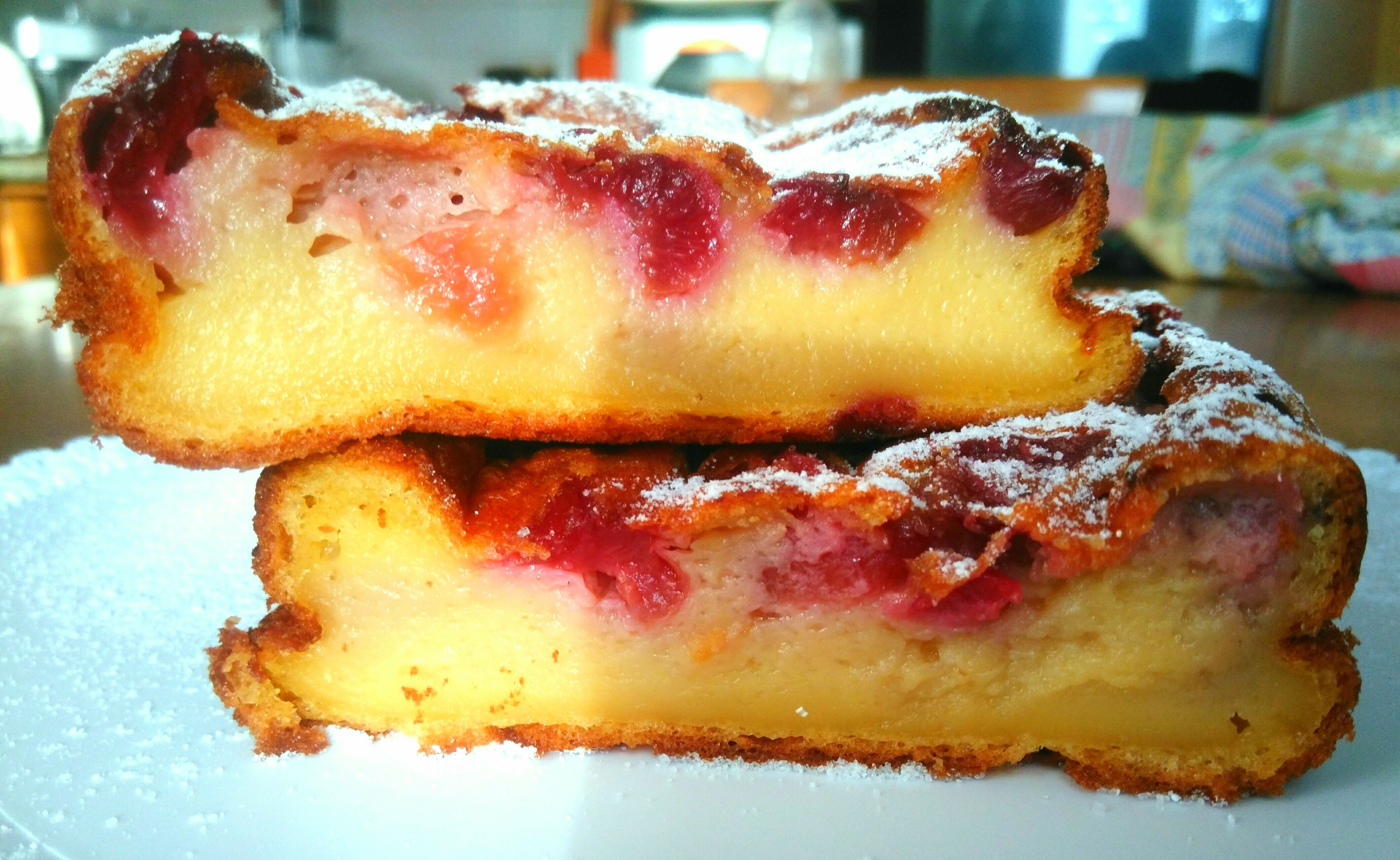 Far Breton alle ciliegie. Un dolce fresco, facile e veloce per una colazione di prima classe!