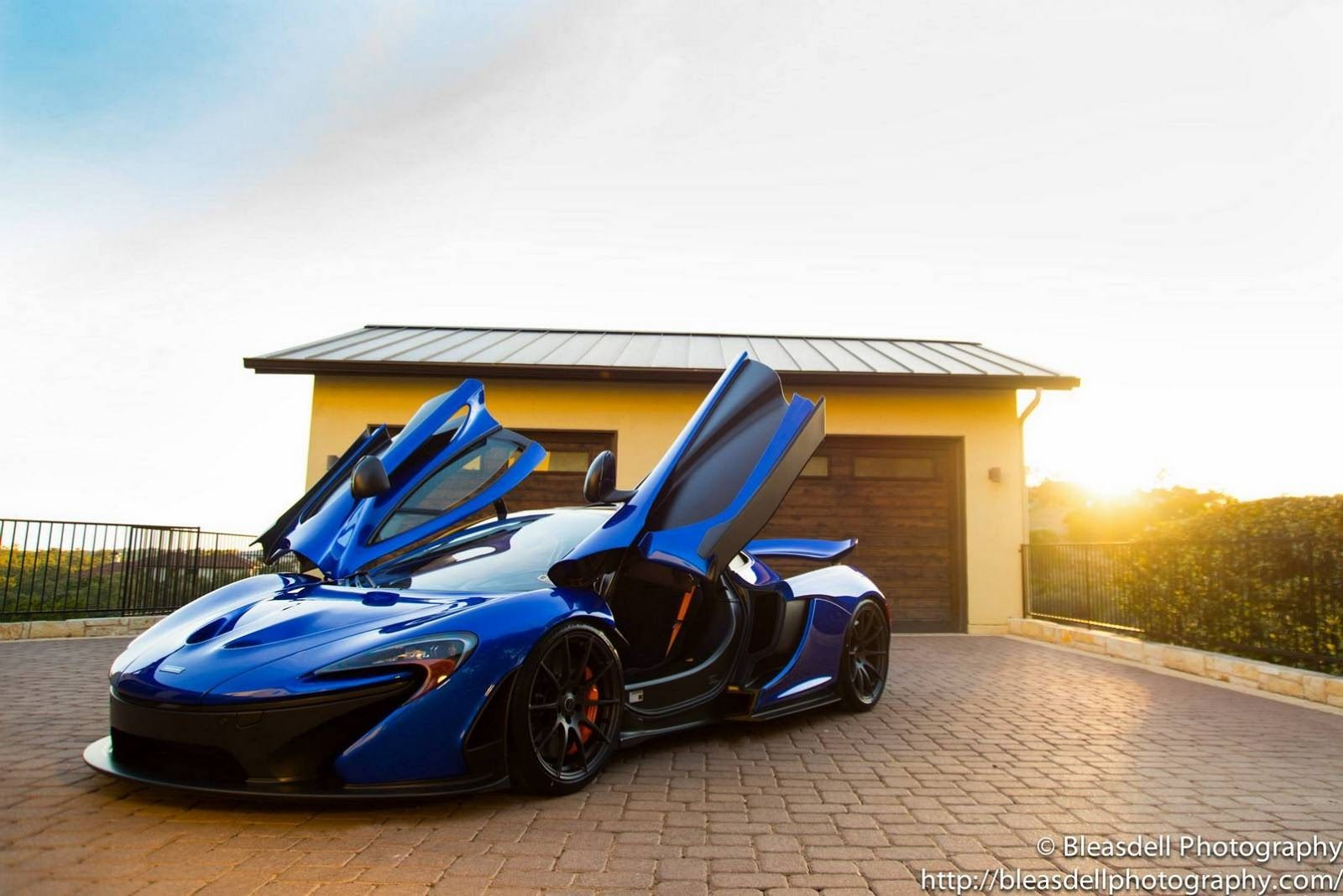 Charmant Hot Blue MSO McLaren P1 Is Dressed To Impress
