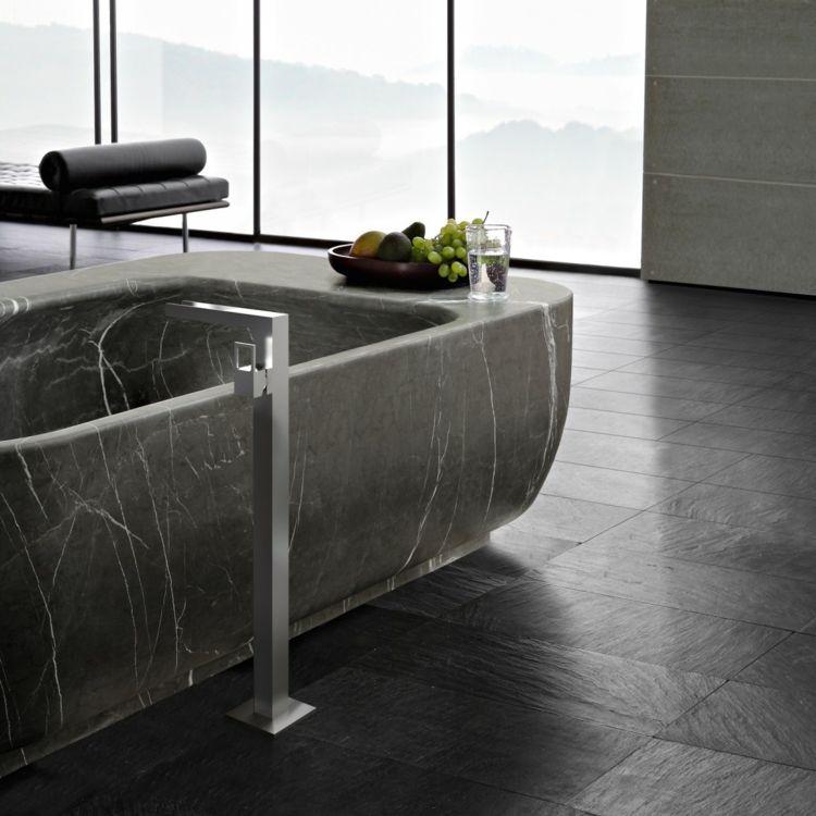 Gut Bodenfliesen Badezimmer In Schwarz Badewanne Marmor #bathroom #style