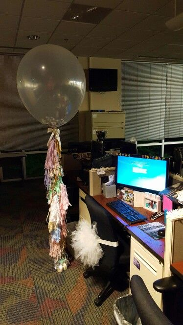 Ideas To Decorate An Office For Birthday from i.pinimg.com