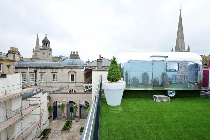 5 Awesome Backyard & Rooftop Airstreams Unusual hotels