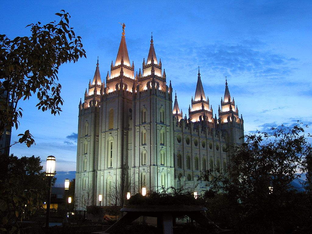 The Salt Lake City Temple This Is Where I Go For Real Inspiration Always Come Away With More Love Hope Charity Commitment In My Heart To Do Very