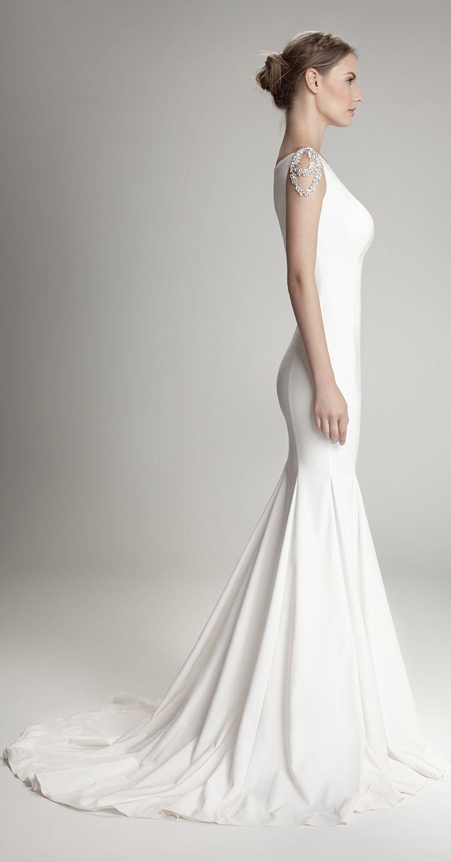 Hamda al Fahim Bridal Gown | Green Weddings | Pinterest | Tipps