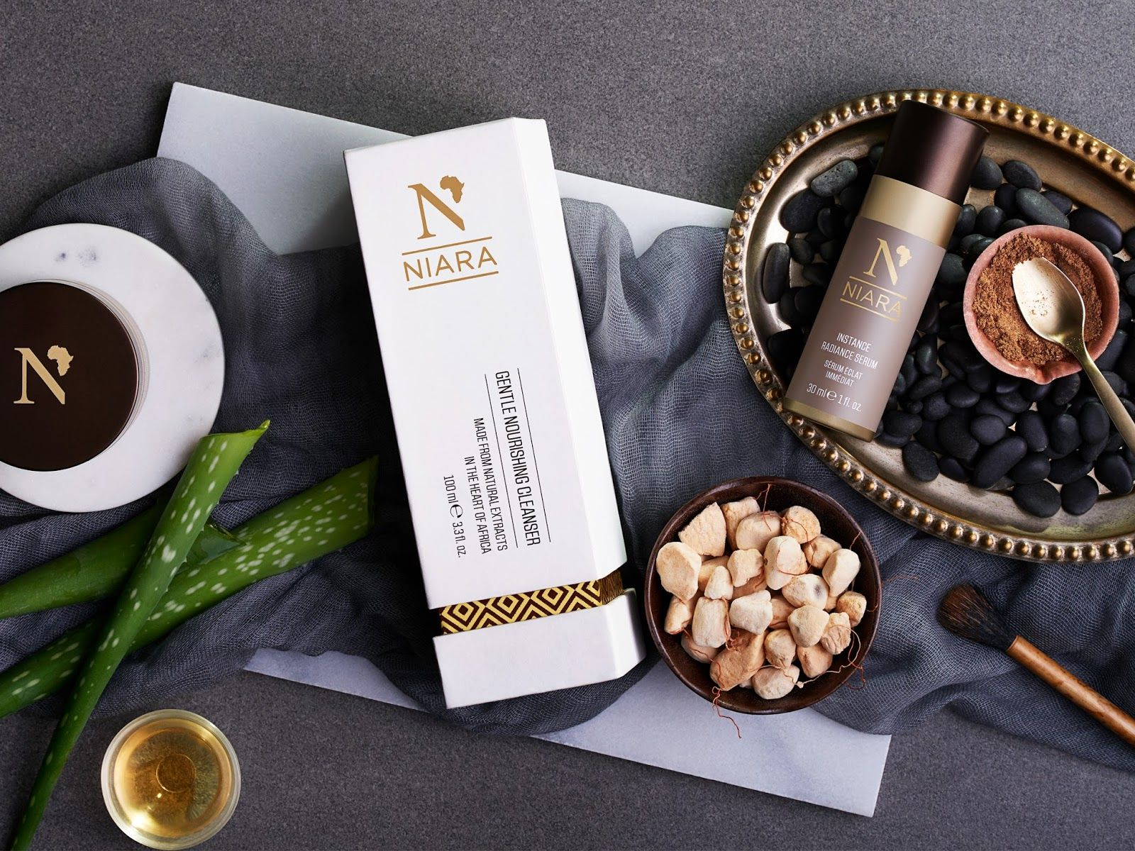 Niara Skin Care on Packaging of the World - Creative Package Design Gallery