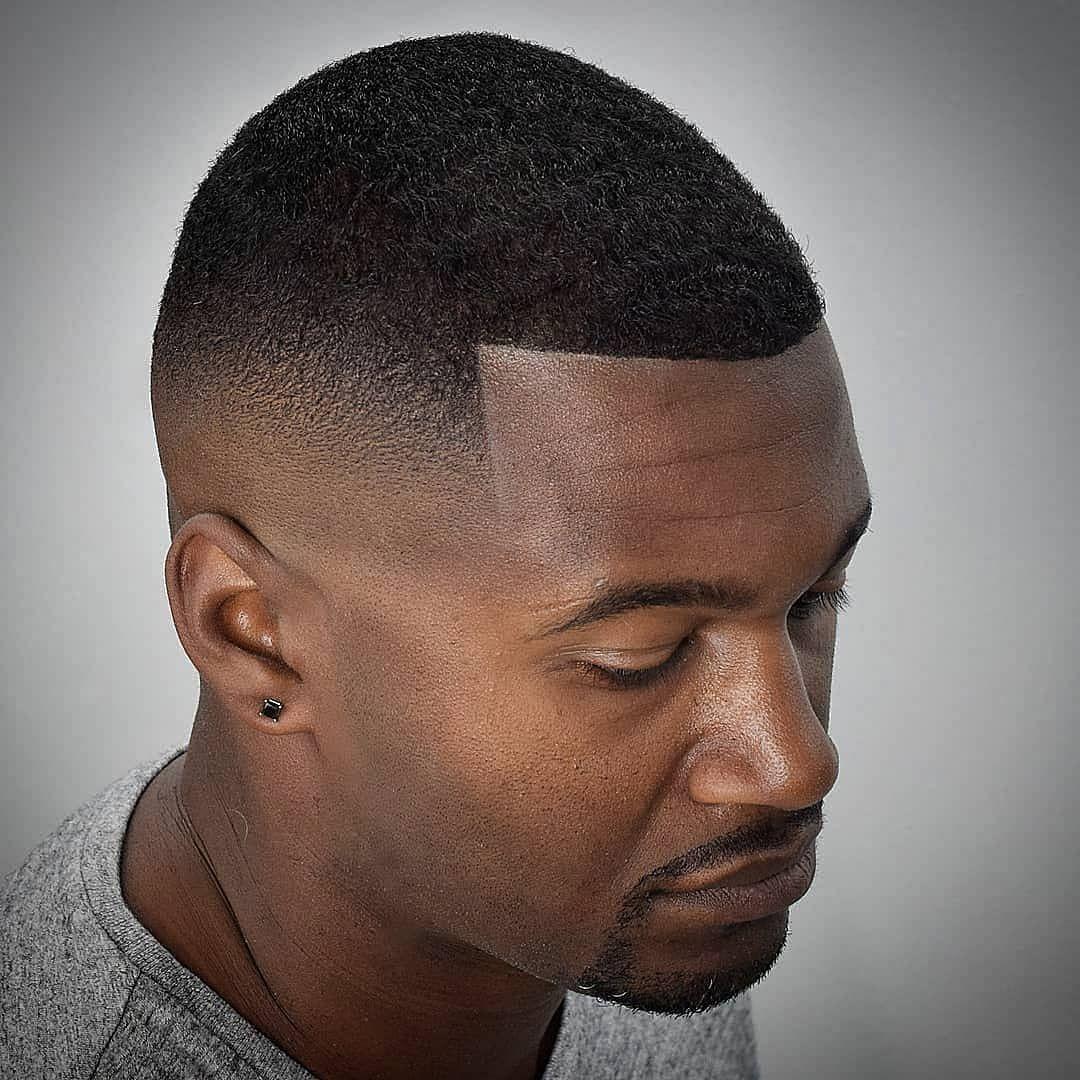 Degrade Americain Homme Noir Decouvrez Le Degrade Ideal Pour Vous Coiffure Homme Cheveux Homme Coupe Cheveux Homme