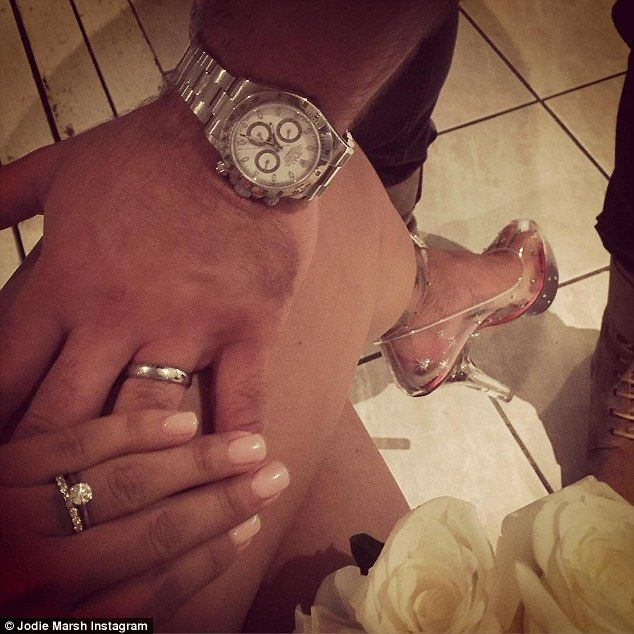 I Do She S Kept Fairly Quiet About Her Private Life In Recent Months But Jodie Marsh Ha Jodie Marsh Second Wedding Dresses Michael Kors Watch