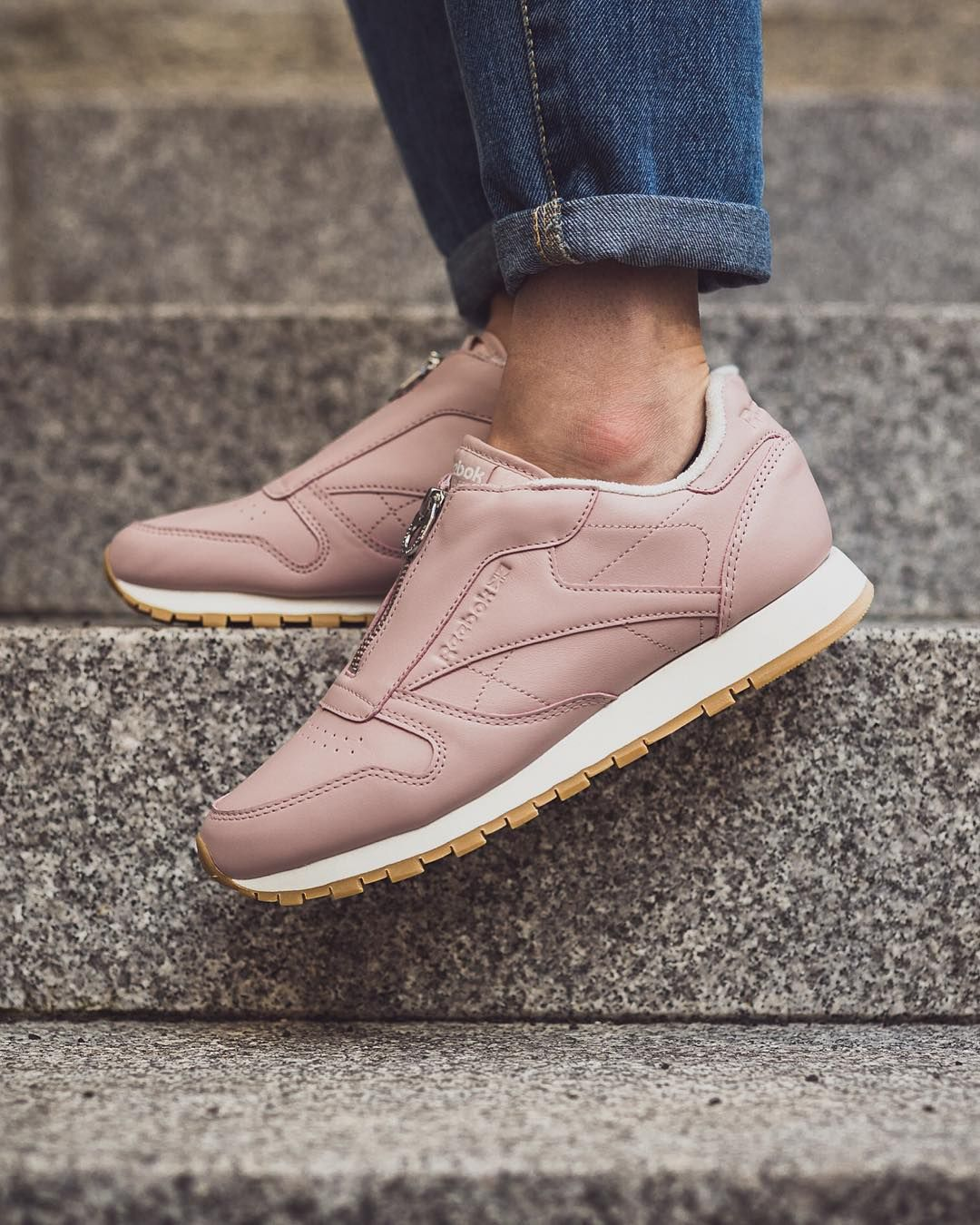 58d7a4929555ad Reebok Classic Leather Zip