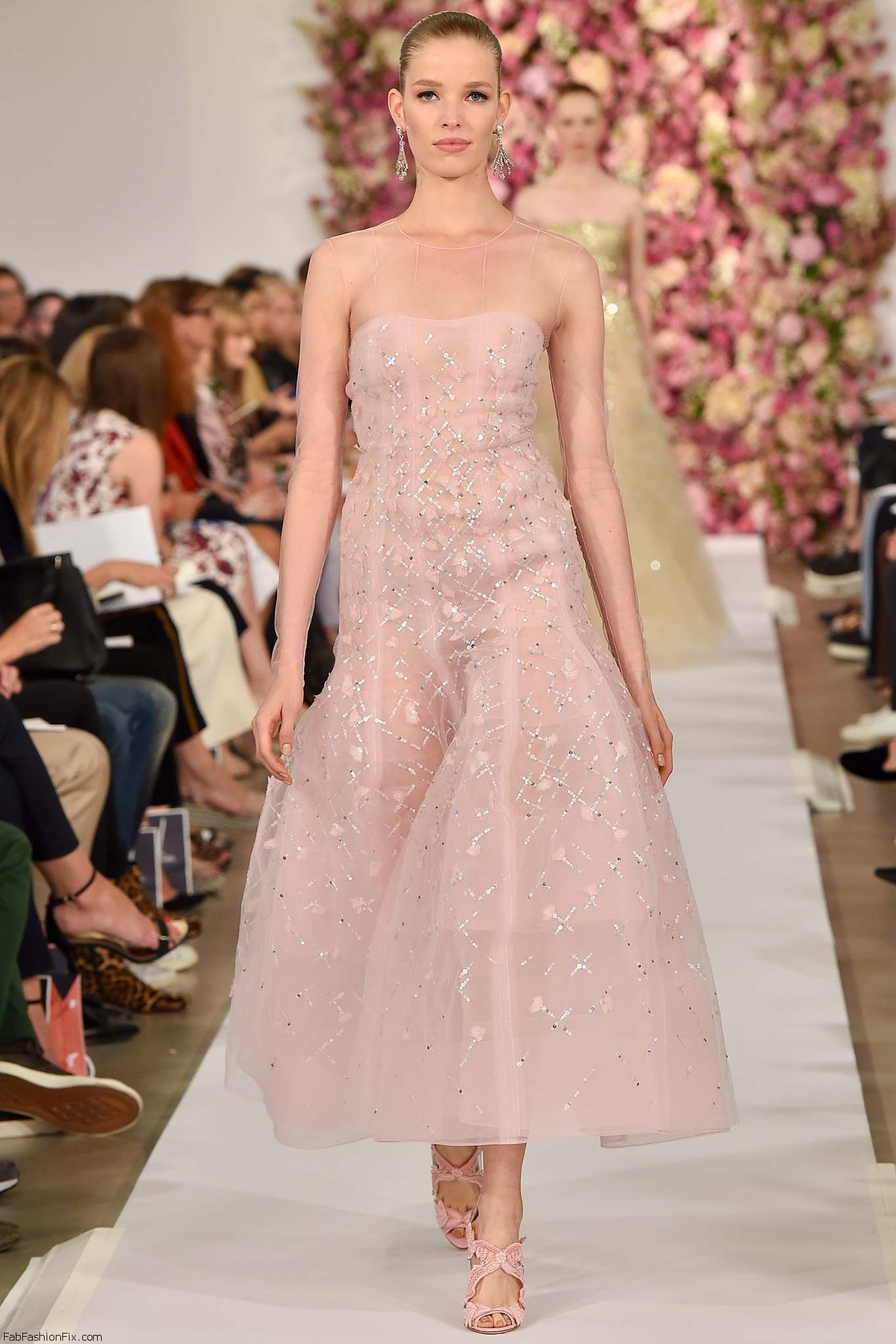 Oscar de la Renta spring/summer 2015 collection – New York fashion ...