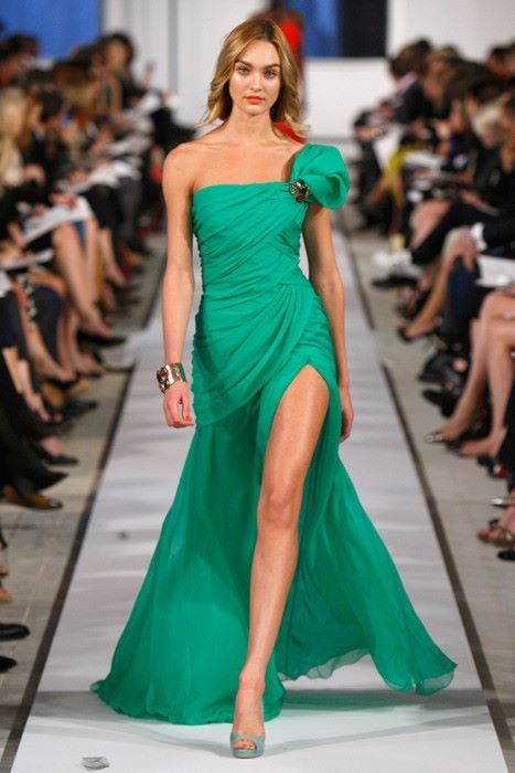 Vestido verde de palabra de honor