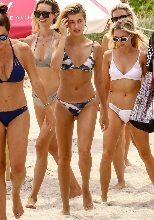 c2d0ec05e89 50+ Hailey Baldwin Bikini Styles To Update Your Own Collection ...