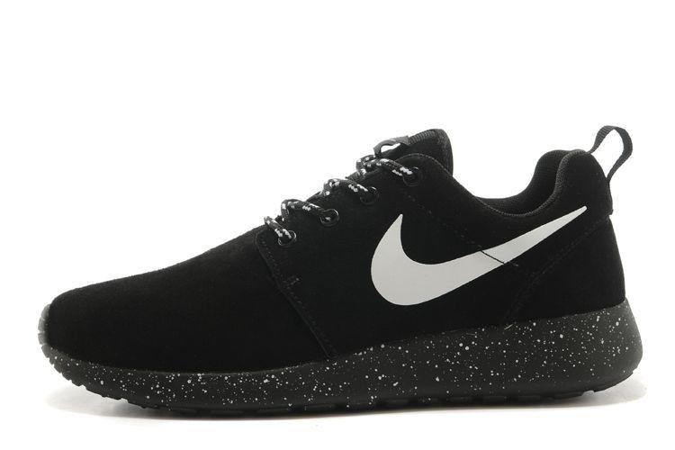 sale retailer 3acc6 d1fea Lightning Shoes-Nike Unisex Roshe Run Premium