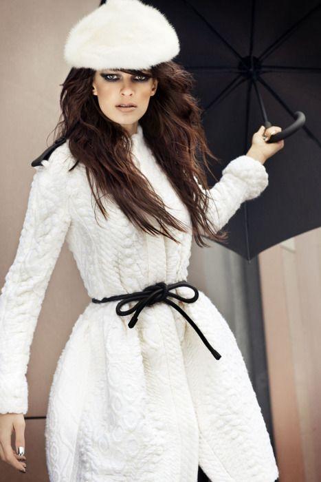 black + white.... Gorgeous