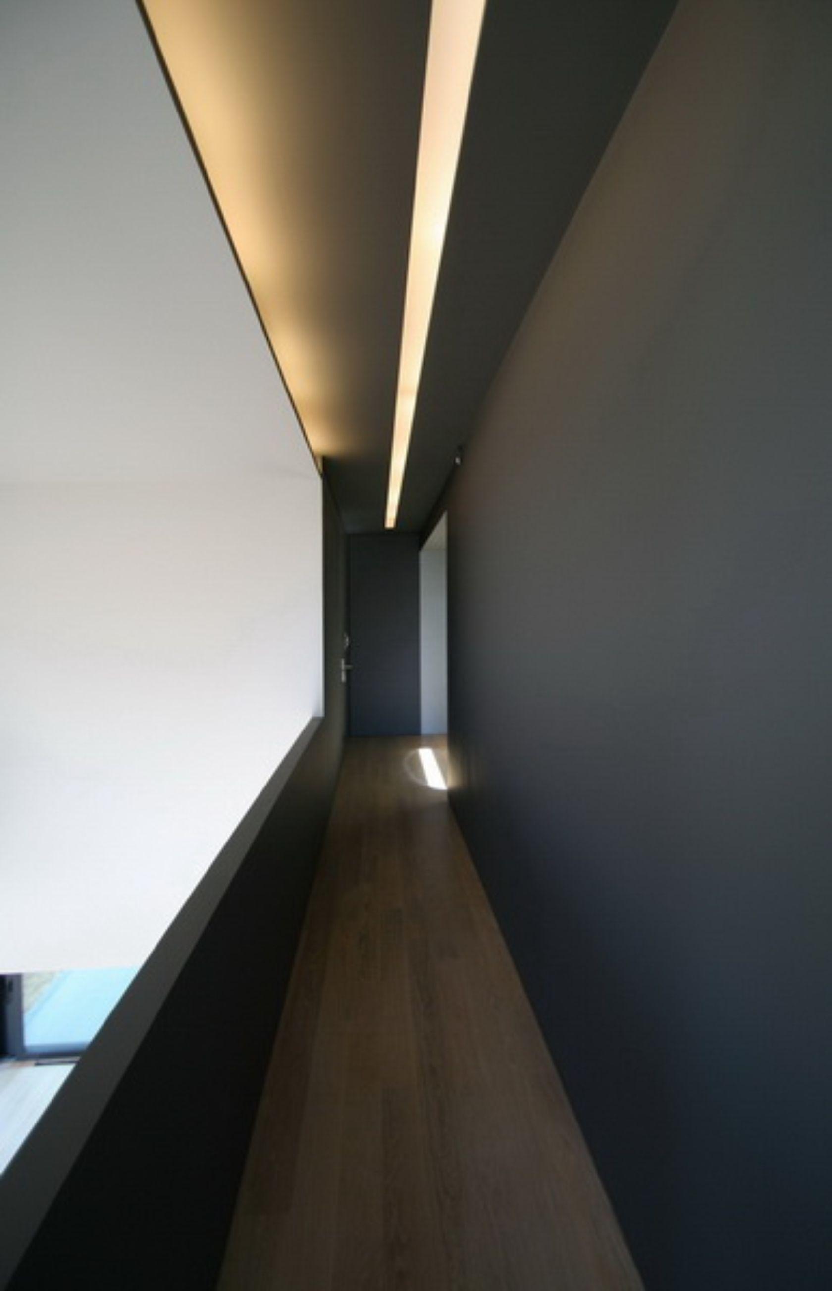 residence in voula athens mplusm entr e pinterest flur design korridor und architektur. Black Bedroom Furniture Sets. Home Design Ideas