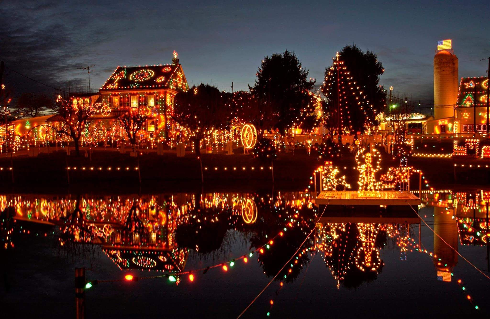 Christmas Lights In Pa.Bernville Pa Christmas Lights Christmas Lights