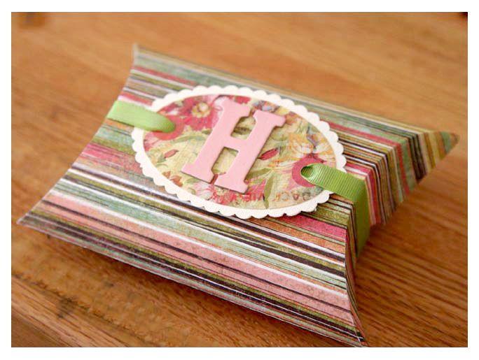 Printable Pillow Box Pattern Diy Printables Pillow Box