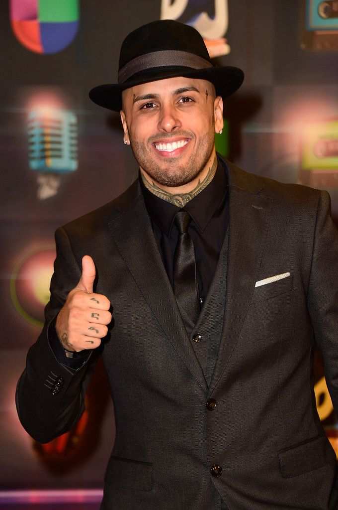 Nicky Jam Photos Photos Univision S Premios Juventud 2015 Red Carpet Daddy Yankee Singer Famous Singers