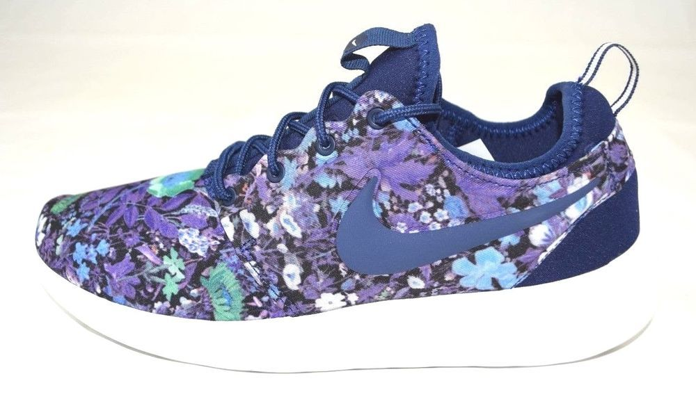 003f3ffdb825 Style 844933 403. Nike Roshe two Print Womans Floral running shoes ...