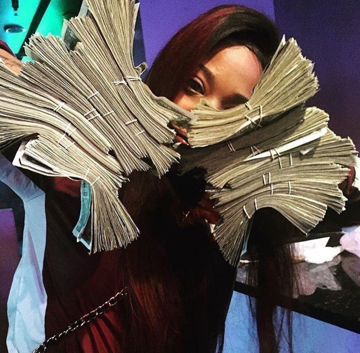 Money Pinterest: OfficiallyErra (With images) | Gangster ...